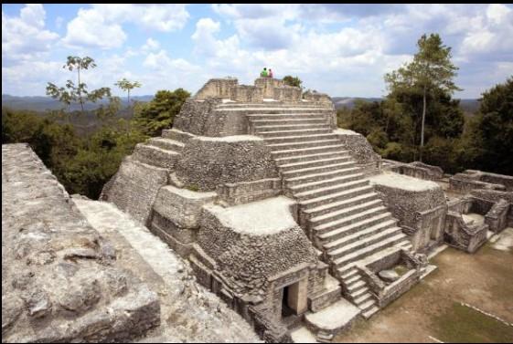 caanapyramidi.jpg